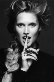 Toni Garrn - Pic 3 Preview