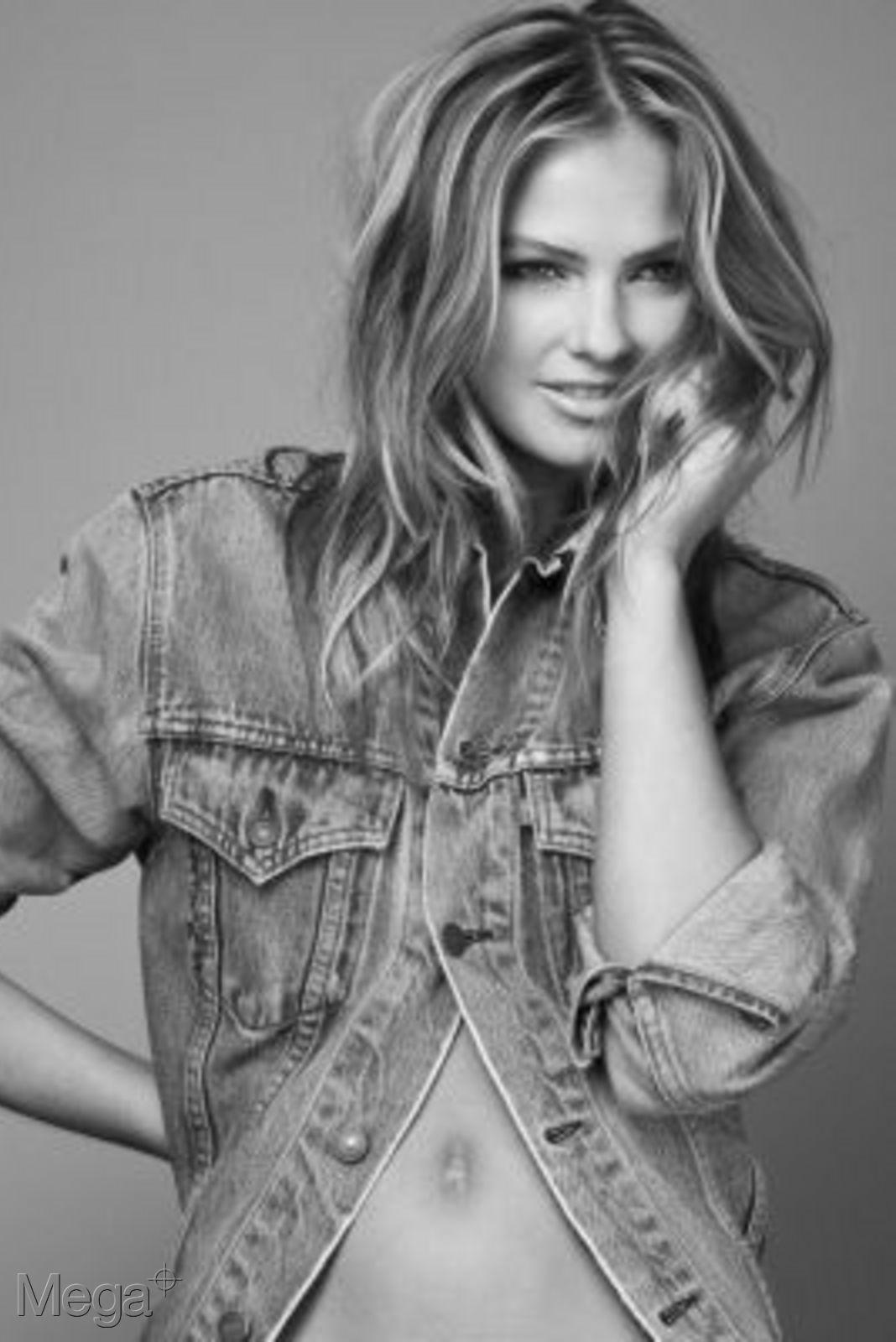 Alexandra Burman - Mega Model Agency