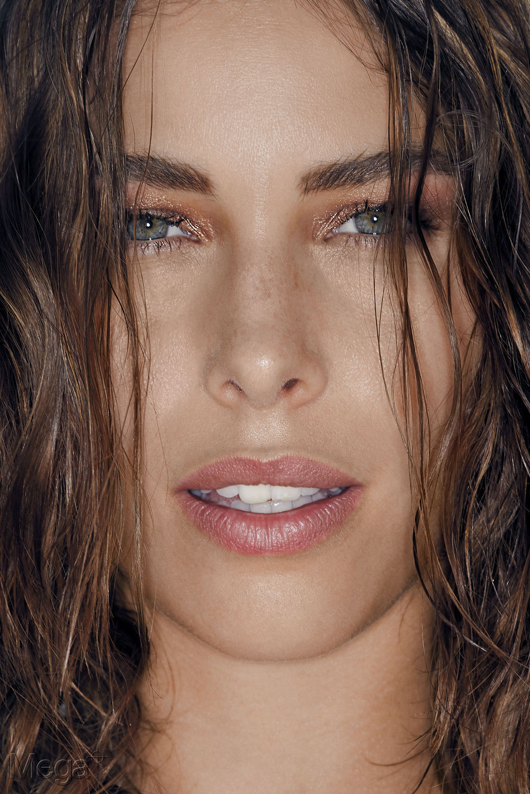 Leonie Bentzinger - Mega Model Agency