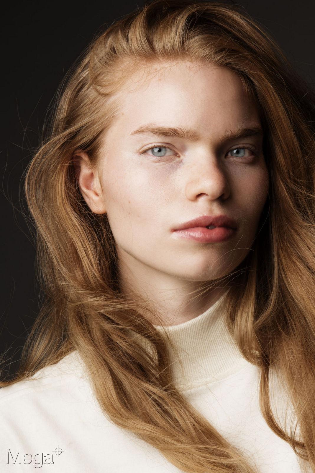 Elisa Hupkes Mega Model Agency