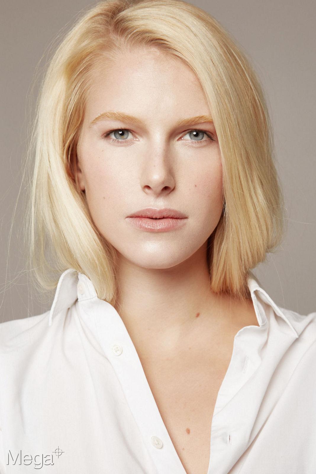 Thalia - Mega Model Agency